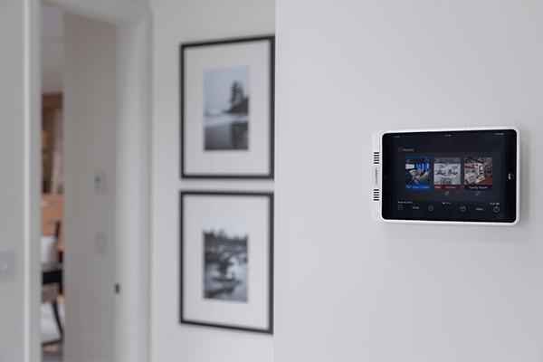 Smart home live camera view